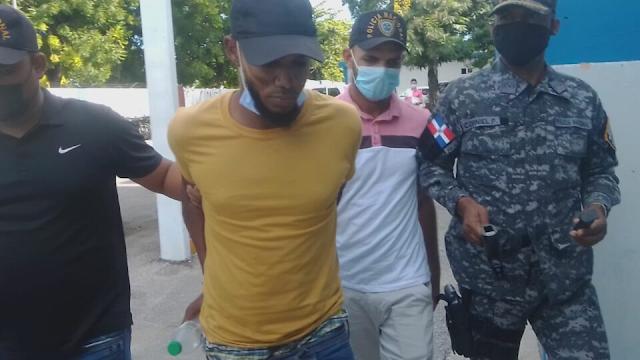 VICENTE NOBLE: Atrapan hombre habría matado dos personas y herir a una tercera