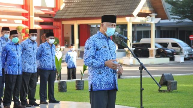 Upacara Peringatan Hari Lingkungan Hidup Sedunia, Gubernur Sumbar Ajak Masyarakat Jaga Hutan dan Konsumsi Madu