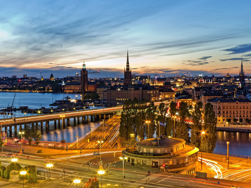 Cities_Stockholm_at_sunset_054579_.jpg