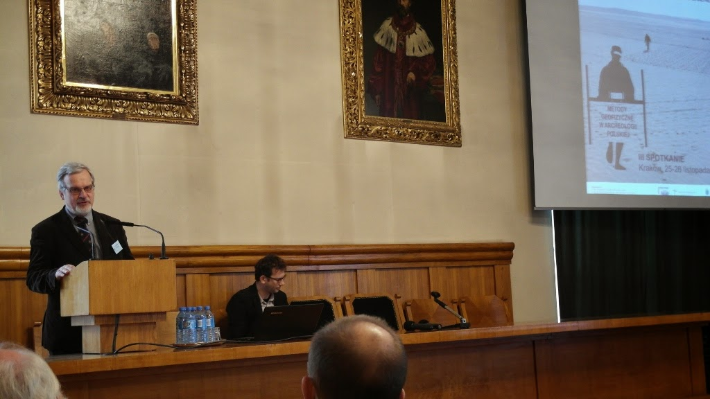 Konferencja Metody geofizyczne w archeologii polskiej (fot. J. Karmowski, K. Kiersnowski) - geof%2B%252814%2529.JPG
