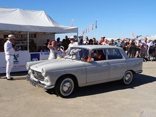 2016.07.17-064 Peugeot 404
