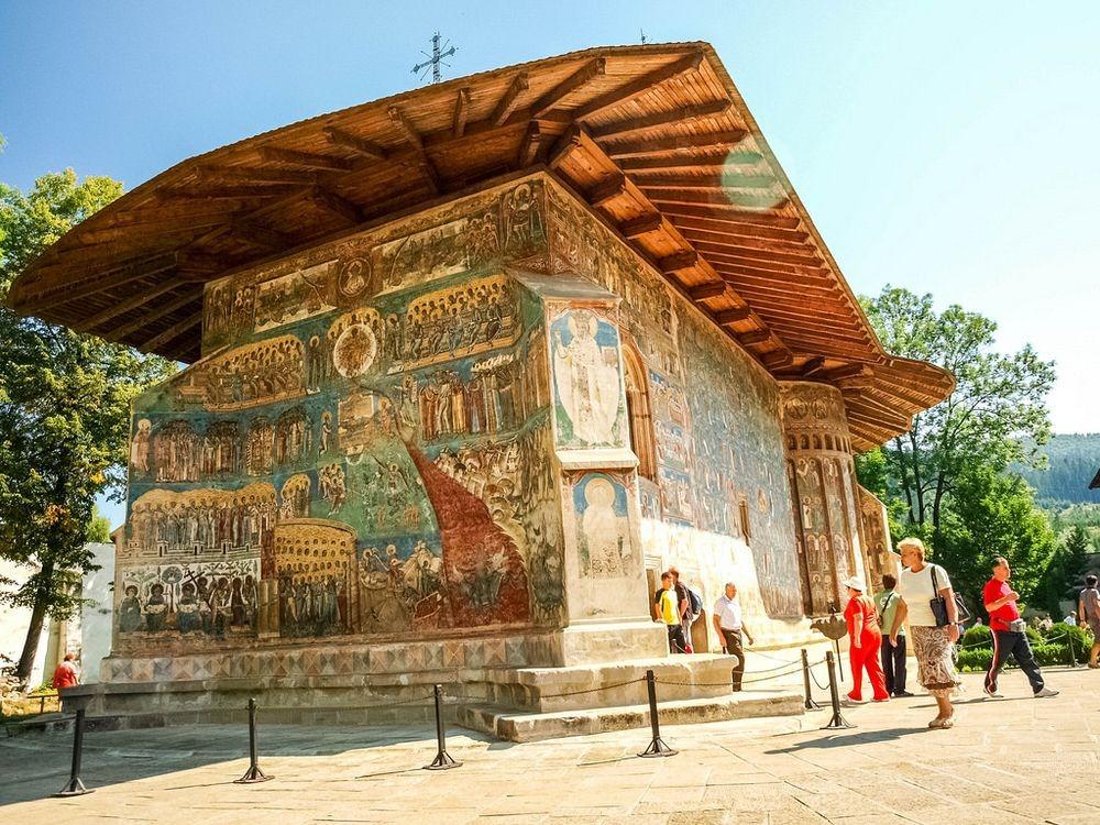 voronet-monastery-4