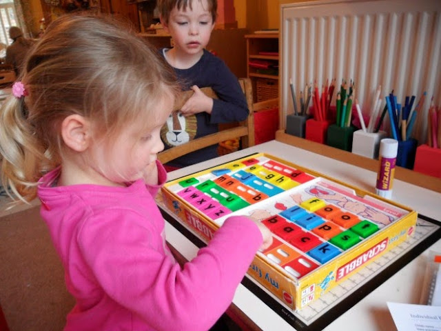 Trò chơi thông minh: Xếp chữ Cơ bản My First Scrabble Mattel 52203