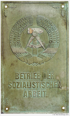 087b Betrieb der sozialistischen Arbeit www.ddrmedailles.nl