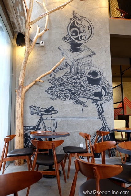 Cycling and Exploring Bicycle Themed Cafes In Penang | What2seeonline.com