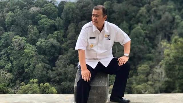 Foto: Wagub Nasrul Abit. SIP Sakato Permudah Perizinan Usaha, Cukup di Rumah Saja, Izin Usaha Sudah Bisa Diterbitkan.