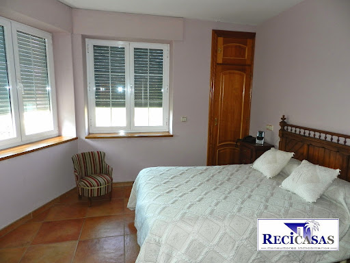 Casa en venta con 350 m2, 3 dormitorios  en Muñopepe, Casco Urbano - A