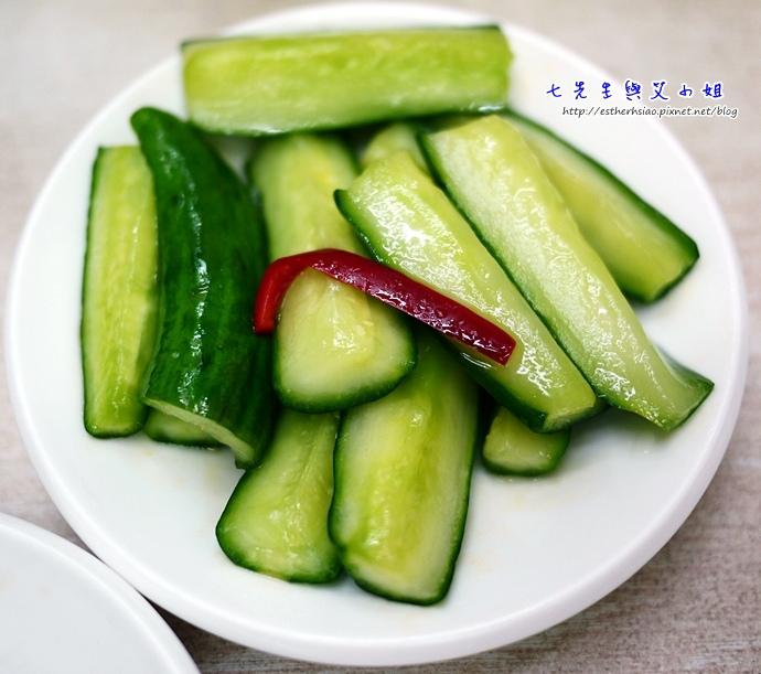 6 小黃瓜一般