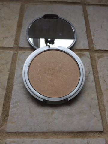 theBalm Mary Lou-Manizer Highlight