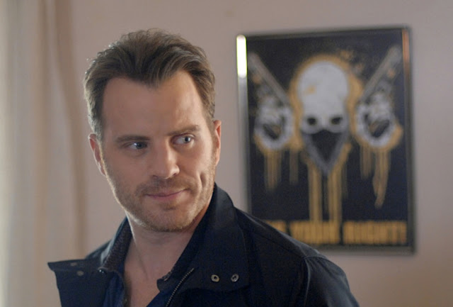 Robert Kazinsky Profile pictures, Dp Images, Display pics collection for whatsapp, Facebook, Instagram, Pinterest, Hi5.