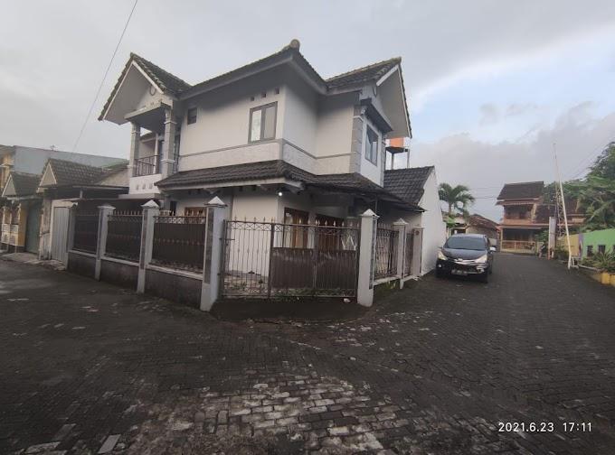Rumah Murah Hook Minimalis 2 Lantai Kawasan Exclusive Selatan Hotel Hyatt Palagan Km. 5