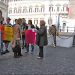 Sit-in per una legge anti-omofobia - 14032009 16.jpg