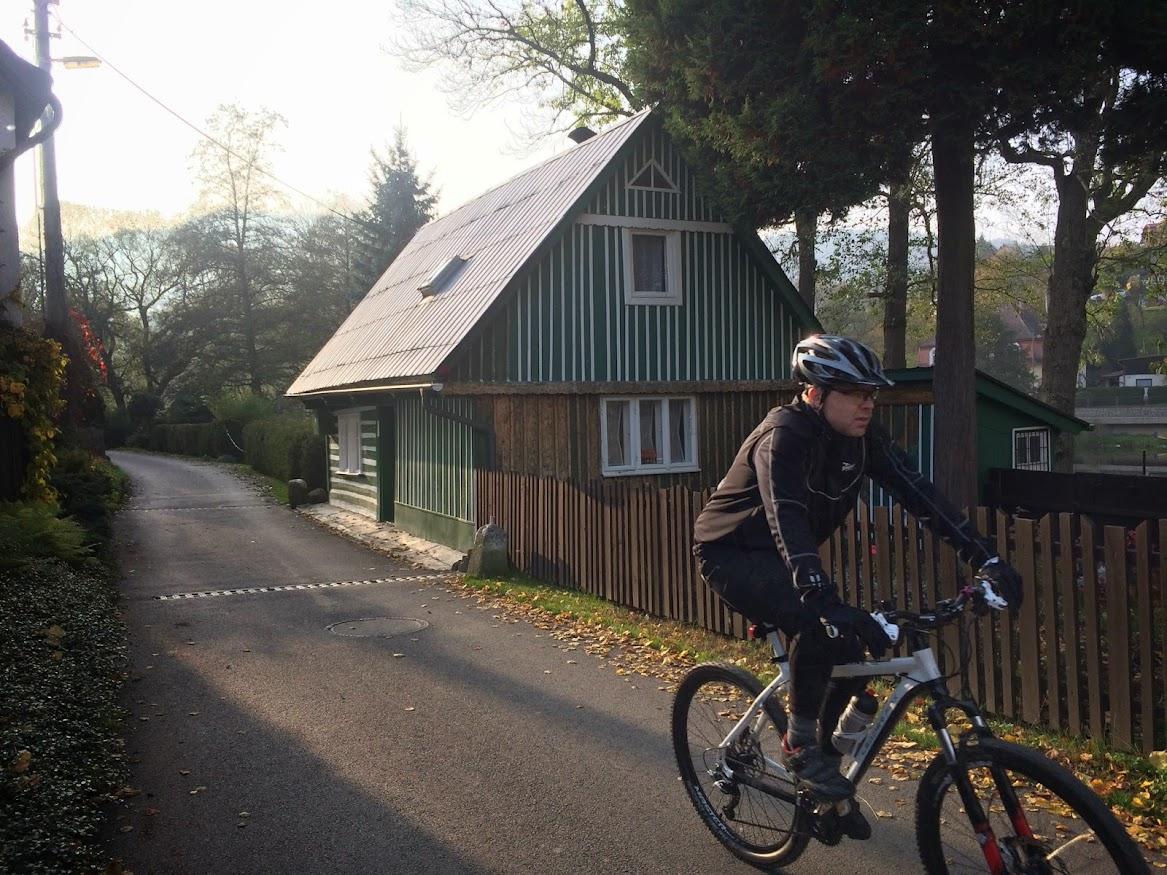 Greenway Jizera fietsroute loopt dwars door het leuke stadje Malá Skála