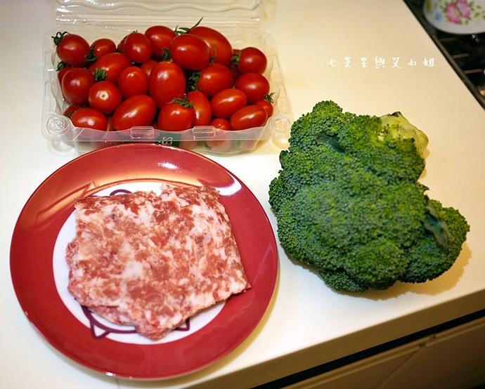 11 番茄肉醬義大利麵材料