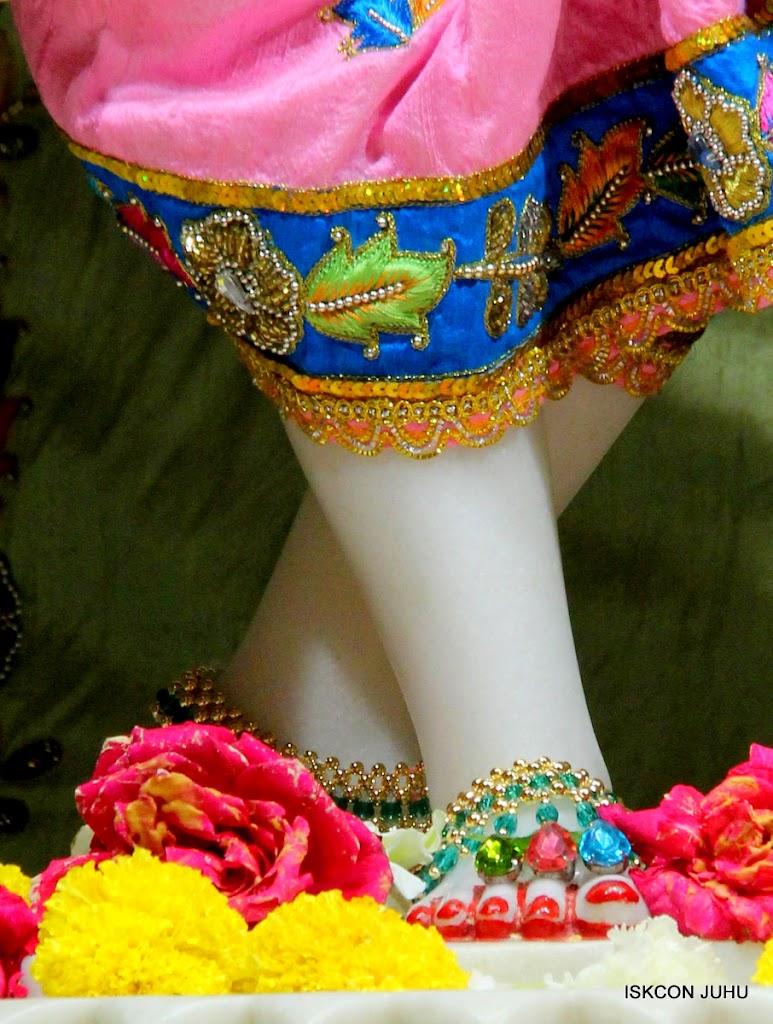 ISKCON Juhu Sringar Deity Darshan 10 Apr 16 (36)