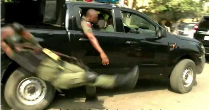 Jubilating Policeman Falls Off Moving Van In Lagos