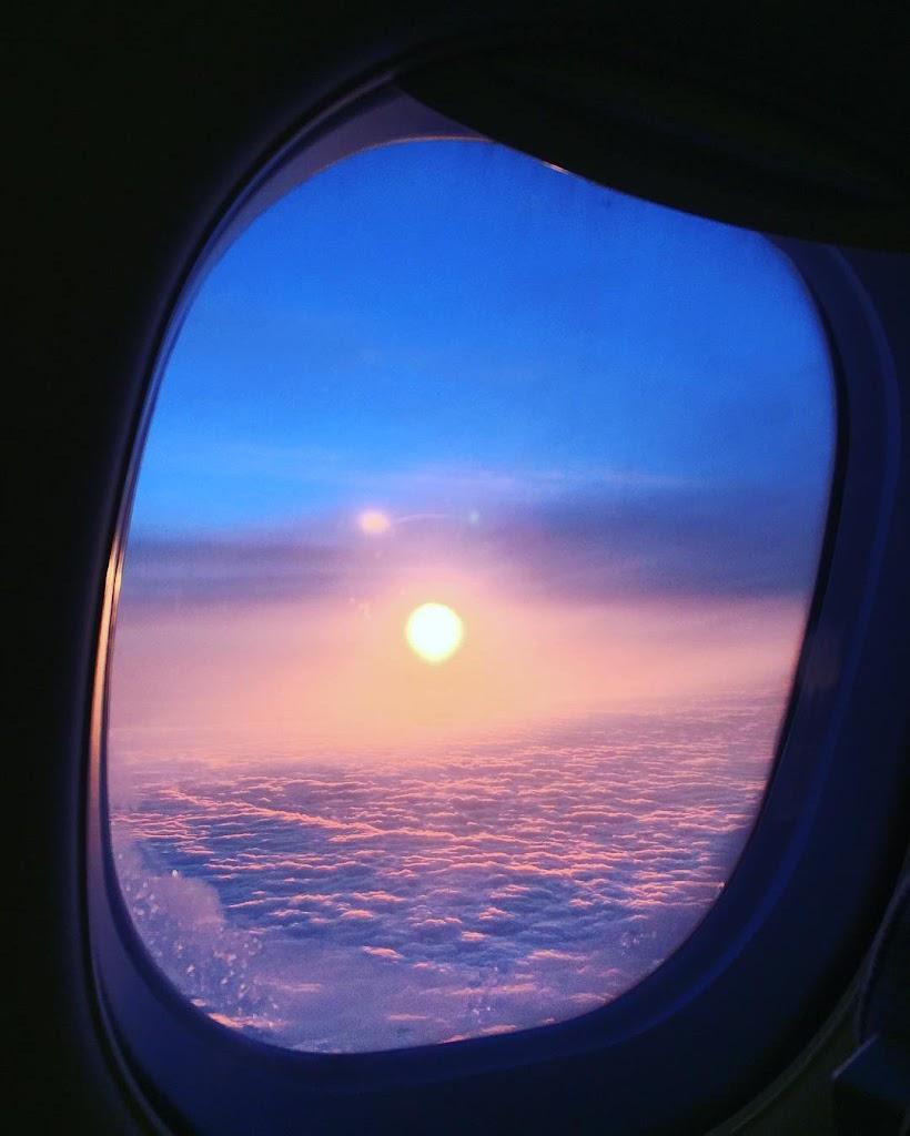 フィンランドに着陸するときの飛行機から見た外の風
