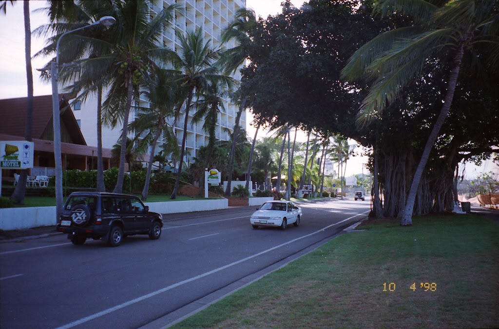 1260The Strand
