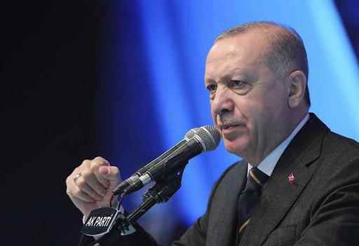الاقتصاد التركي نحو الانهيار، والليرة تسجل أدنى مستوى لها على الإطلاق ( تقرير الصحافة الأسبانية )