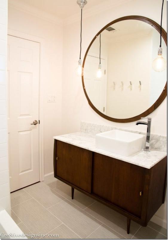 come-inserire-un-mobile-vintage-nell-arredamento-del-bagno (8)