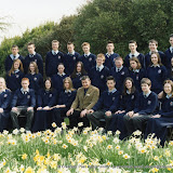 2004_class photo_Ogilive_4th_year.jpg