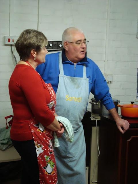 Pensioners Lunch - 12-12-2010 - WPL201015.jpg