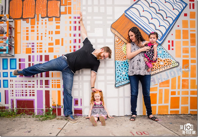 wynwood-walls-miami-family-photo-session-maternity-
