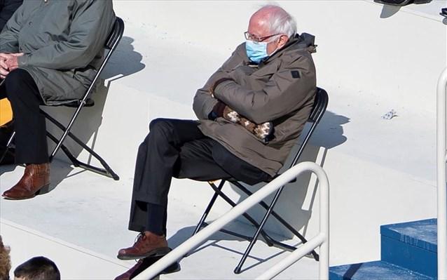 ΗΠΑ: Ο Μπέρνι Σάντερς διασκεδάζει και μαζεύει χρήματα για τους άπορους με την εικόνα του