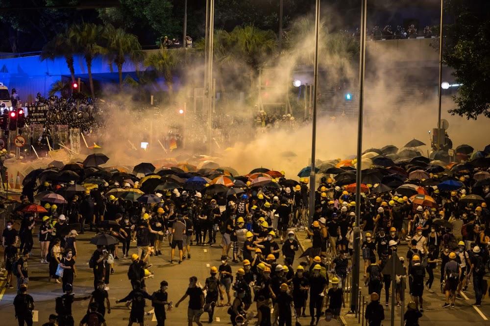 Hong Kong het die polisie se riglyne vir die gebruik van geweld voor die skietery gewysig