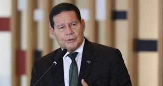 Mourão sobre ato com Bolsonaro Pazuello entende que 'cometeu um erro'