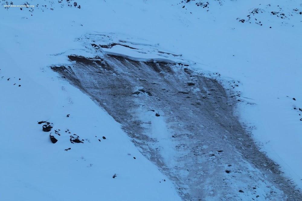 Avalanche Haute Maurienne, secteur Pointe de Méan Martin, RD 902 Les Roches - Photo 1