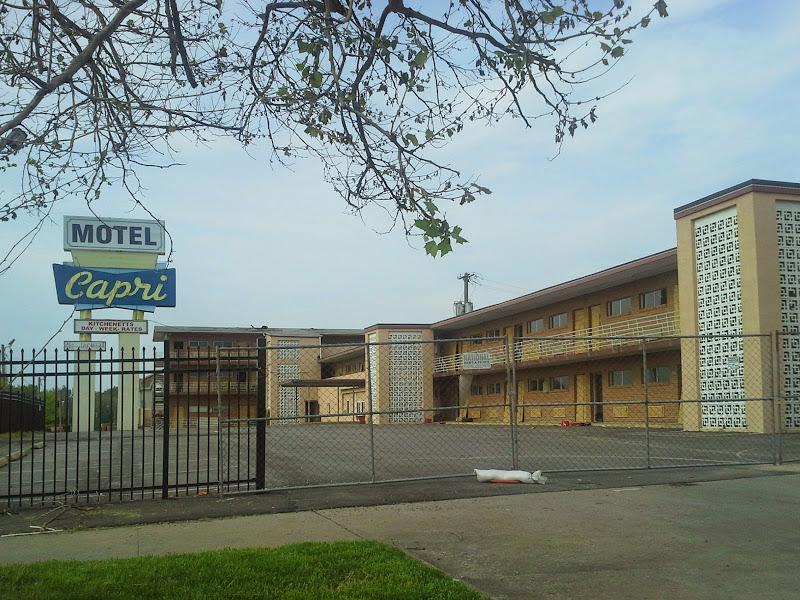 Capri Motel - Northeast - Kansas City, MO - Yelp
