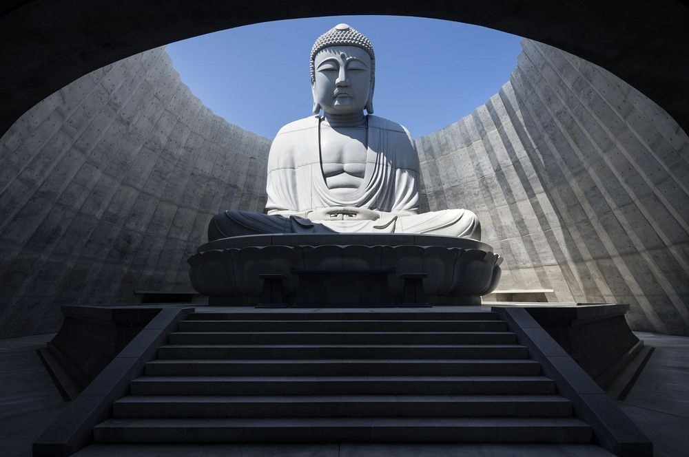 hill-of-the-buddha-2
