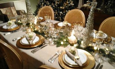 Kerst Tafel Decoratie : De tafelfee: kersttafel in goud en zilver