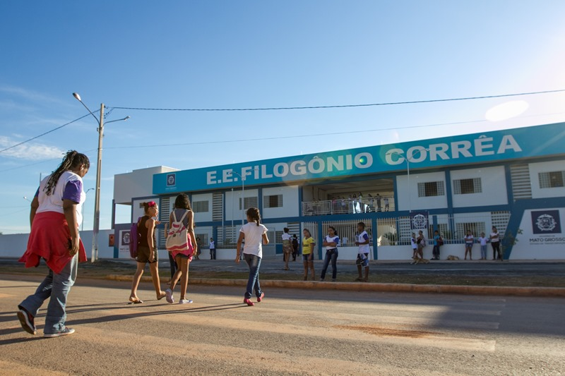 Escola-Estadual-Filogonio-Correa