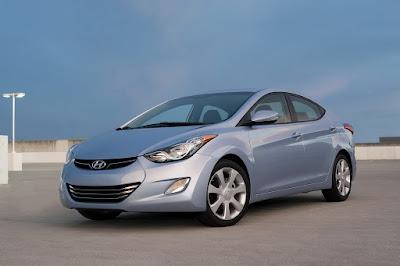 Hyundai Elantra front siver