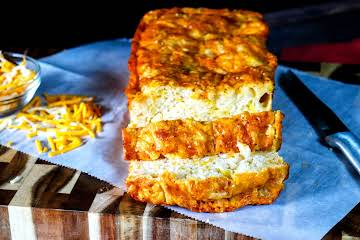 Colby Jack Cheesy Bread