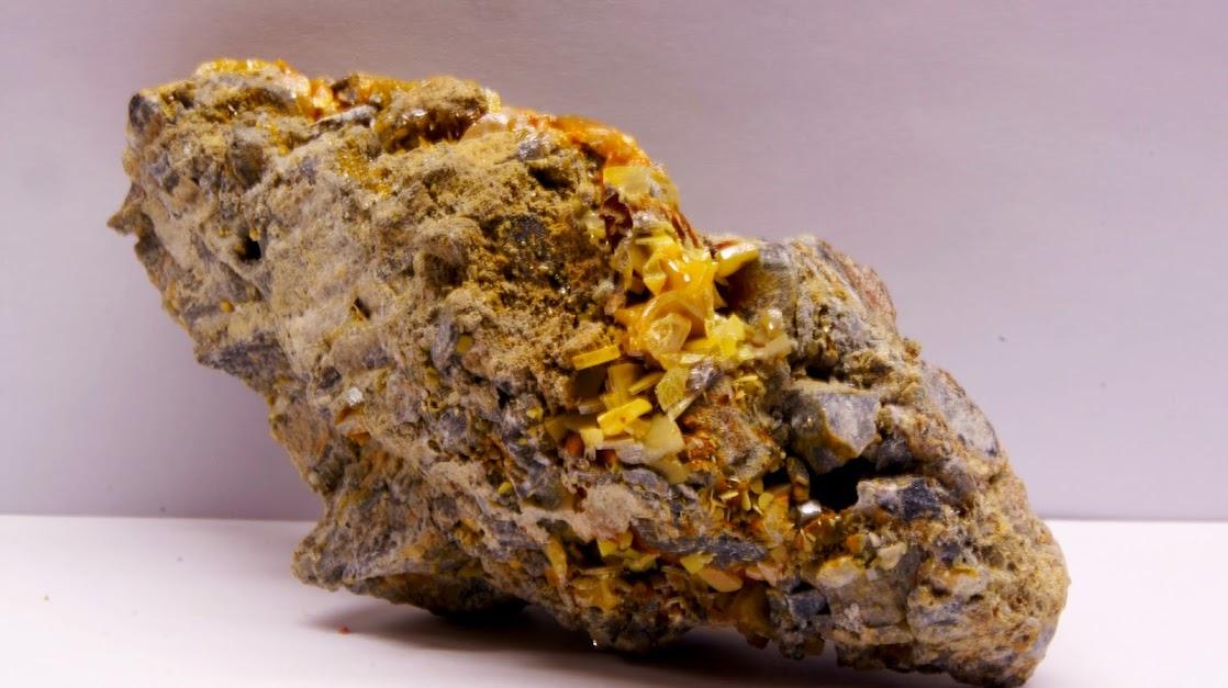 Colección de Geodas y demás piezas. Wulfenita