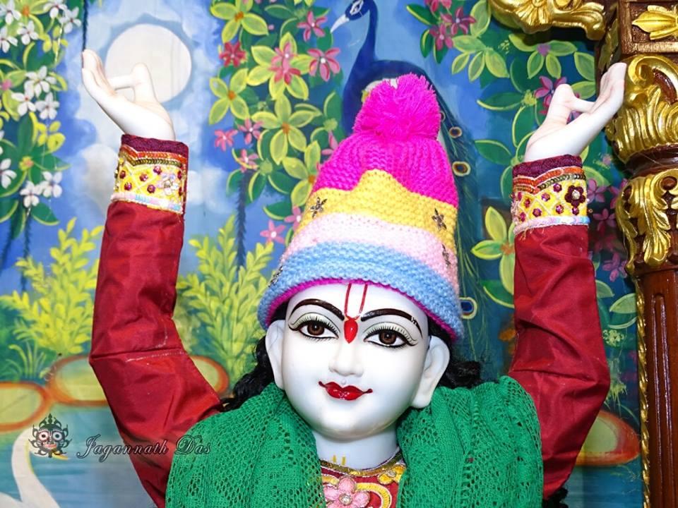 ISKCON Mira Road Mangla Deity Darshan 18 Dec 2015 (3)