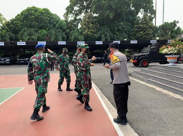 Mulai Hari Ini, Polda Lampung Lakukan Penyekatan Pengendara yang akan ke Pulau Jawa Melalui Pelabuhan Bakauheni