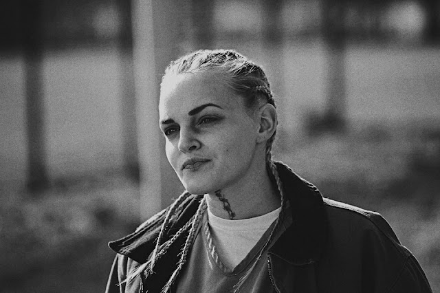 Madeline Brewer Profile pictures, Dp Images,  Facebook,