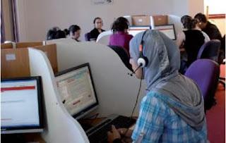 Call-center, porte-à-porte, serveurs, vendeurs… Les jeunes ont trouvé leurs jobs d'été