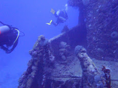 Circling the Jane C Wreck on day 2