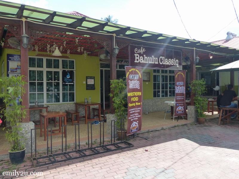 Bahulu Classiq
