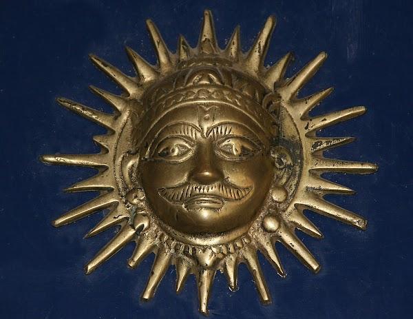 वैज्ञानिक भी मानते है सूर्य को अर्घ्य देने के महत्व।