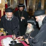 Pope Shenouda visit to St Mark - 2005 - pope_shenouda_at_st_mark_24_20090524_1059175453.jpg