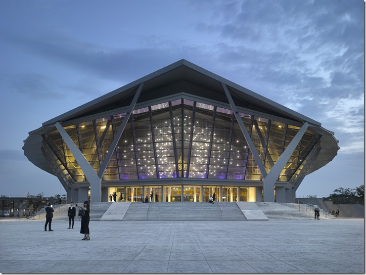 Lasvit_Neurons_ Prince Mahidol Hall_Bangkok (1)