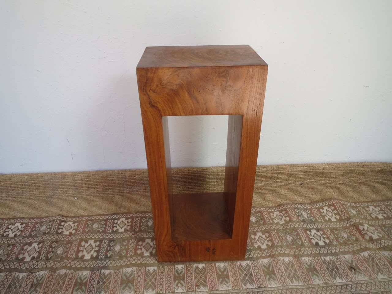 Solid Wood Side Table (Light Wood)