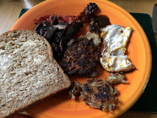 Fry Up bacon, egg, potato cakes, rationin
