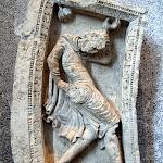 Berry - Jongleur (fragment d'achivolte, 12e siècle)